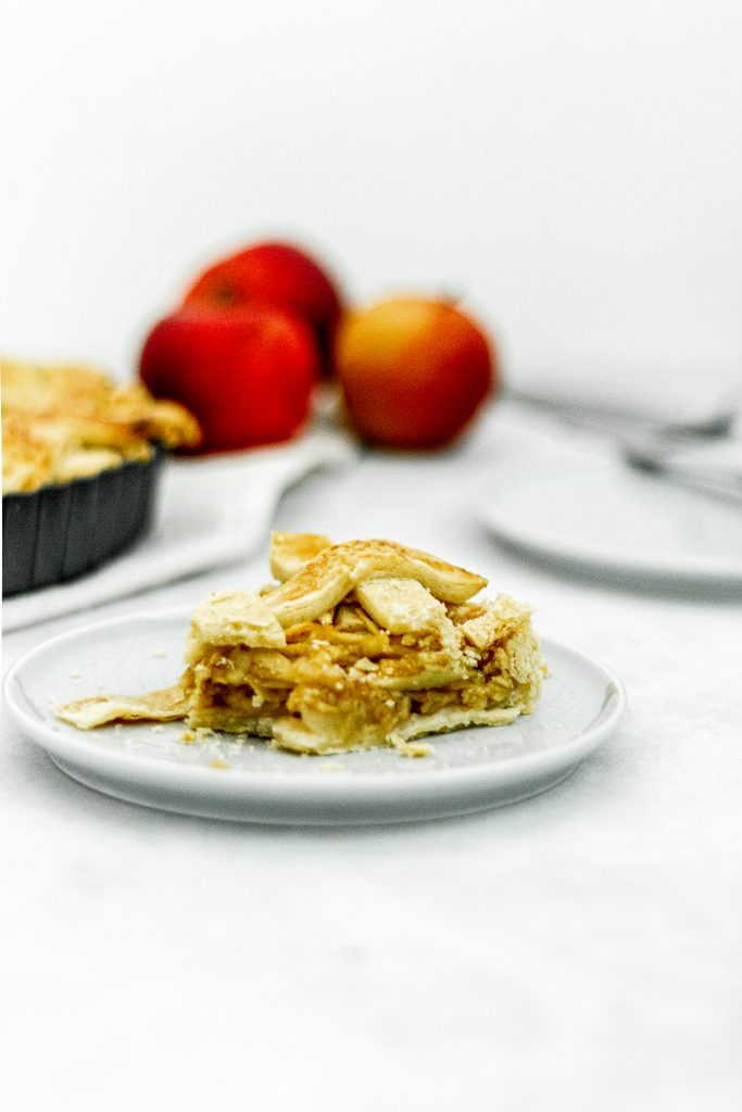 jablkovy-kolac-jesen-na-tanieri