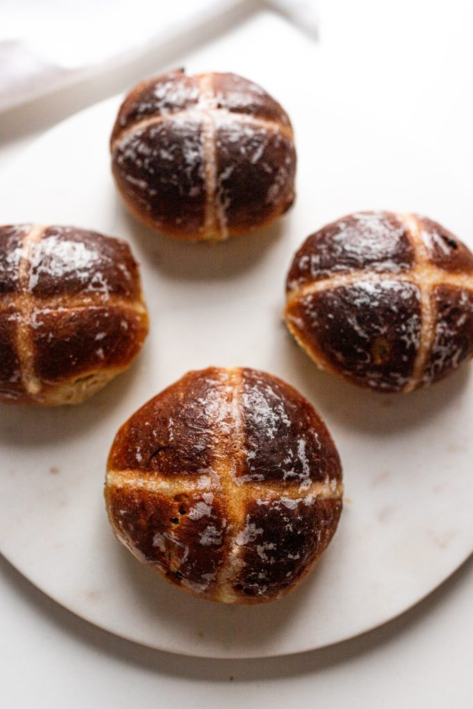 hot-cross-buns-tradicne-velkonocne-buchty