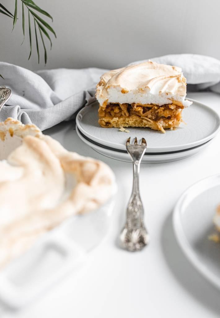 recept-na-jablkový-koláč-s-penou