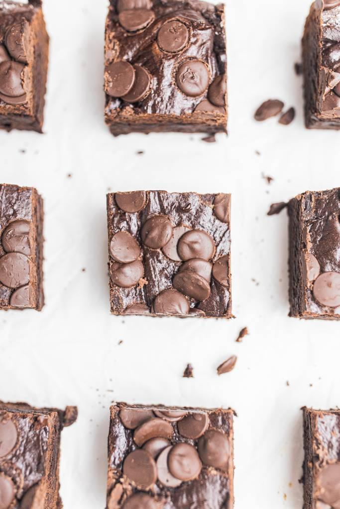 jednoduché-čokoládové-brownies-s-kakaom