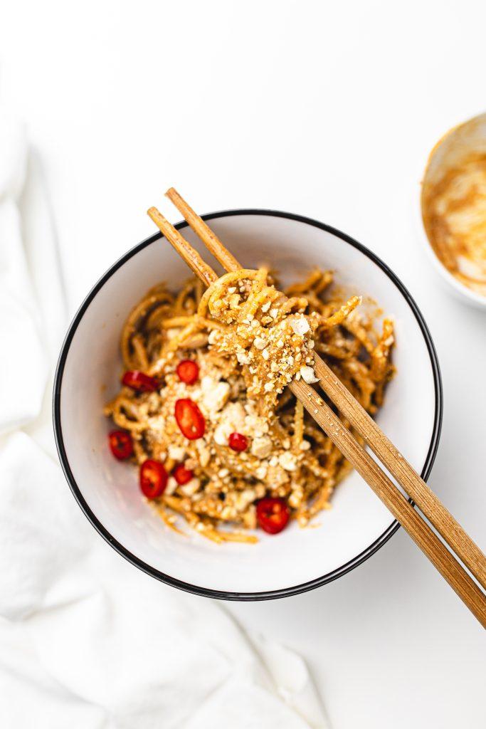 azijsky-recept-na-cestoviny-s-arasidami
