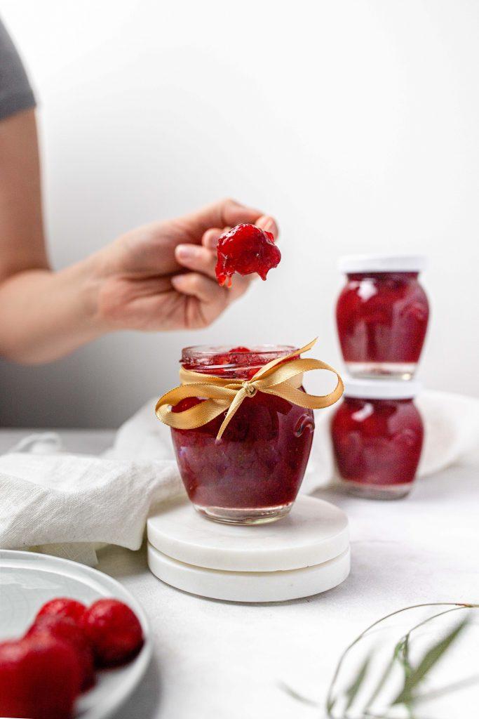 recept-na-domaci-jahodovy-dzem-z-macerovych-jahod